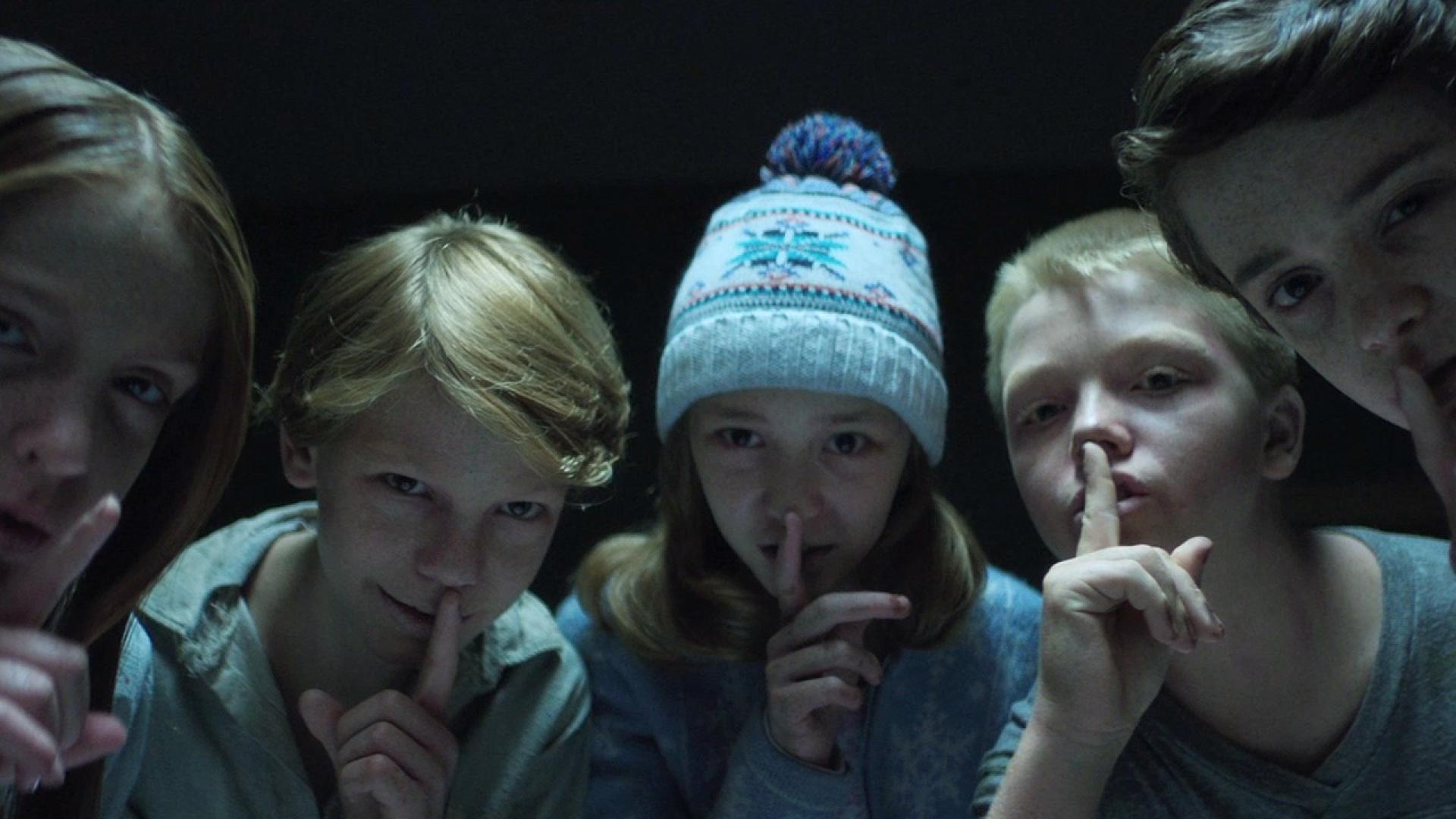 Para gyerekek a horrorfilmekben
