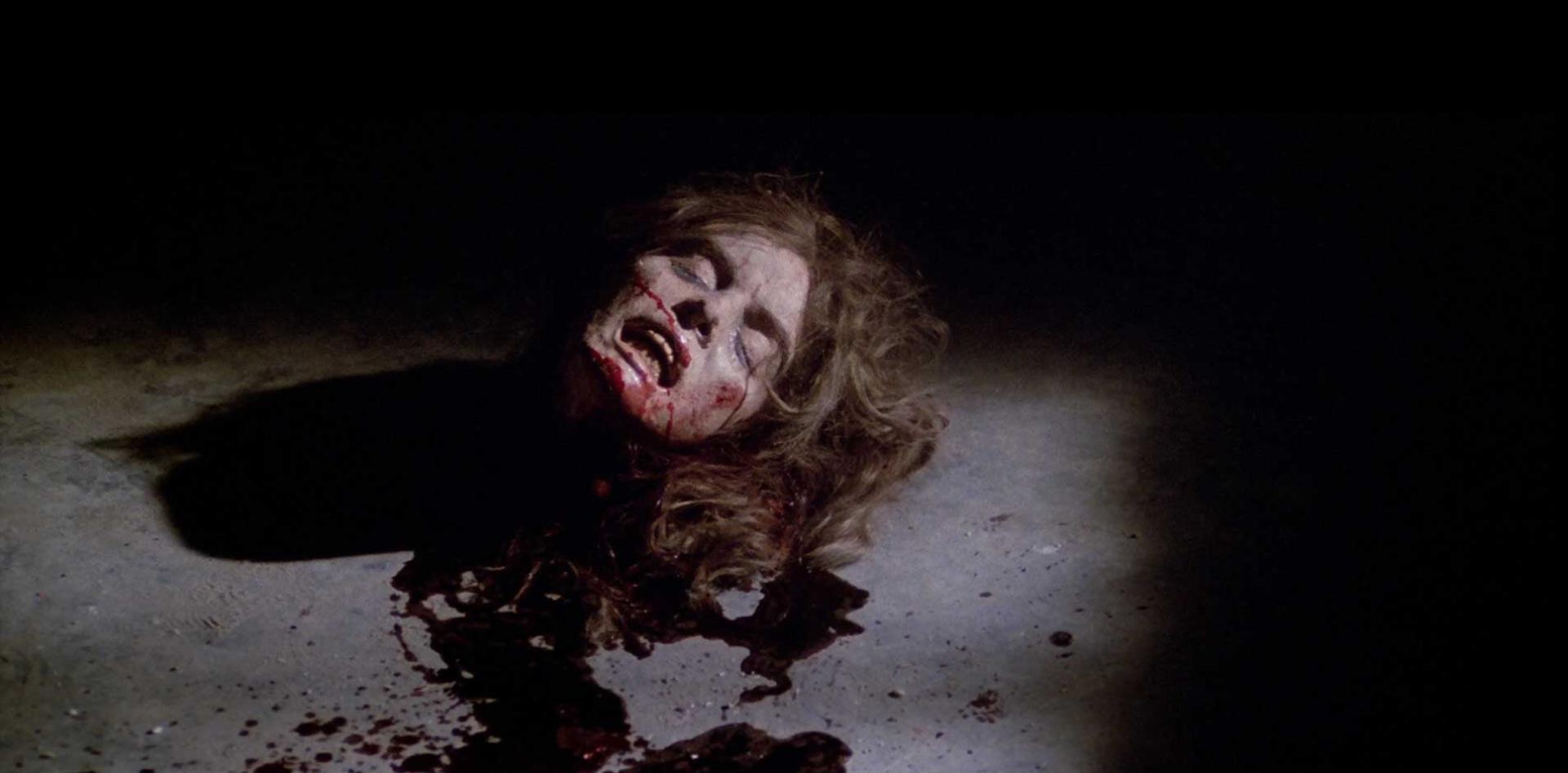 Halál-trilógia, 3. rész: A temetőre épült ház (1981) 3. kép