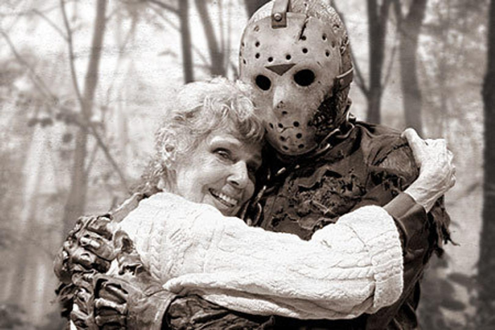 Anyák a horrorfilmekben