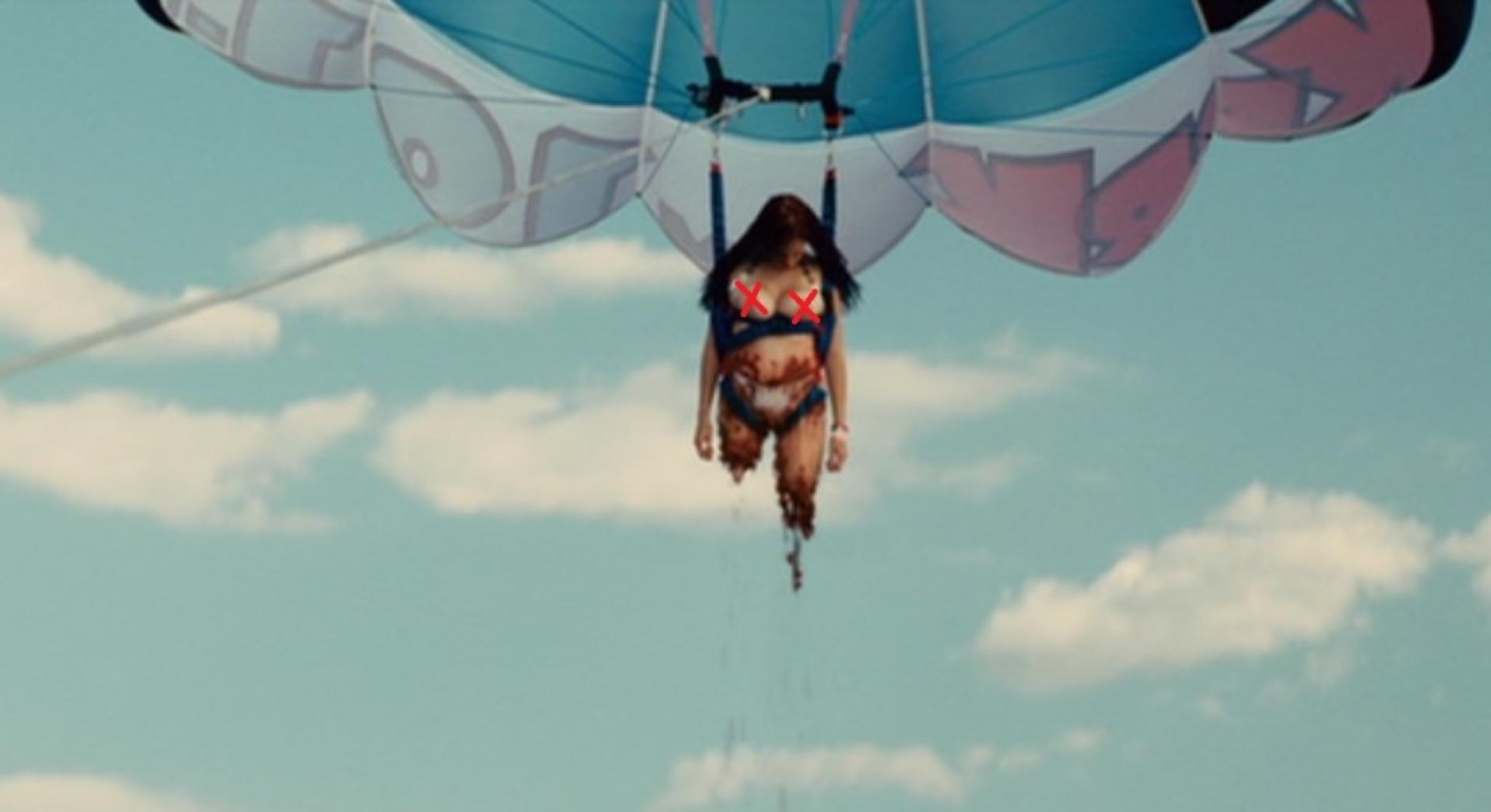 5. motorcsónakos ejtőernyőzés