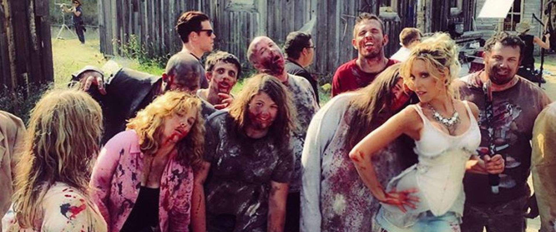 Dead 7: Nick Carterék futurisztikus zombiwesternje képekben