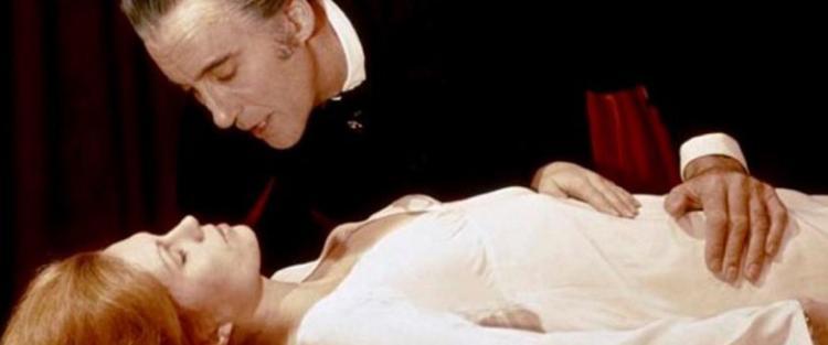 A Hammer filmstúdió Drakula-feldolgozásai - Vámpír