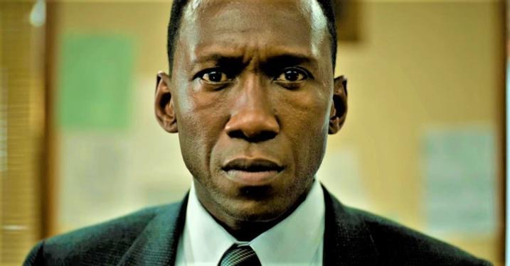 Így látjuk a True Detective 3. évadának nyitányát - Sorozatok