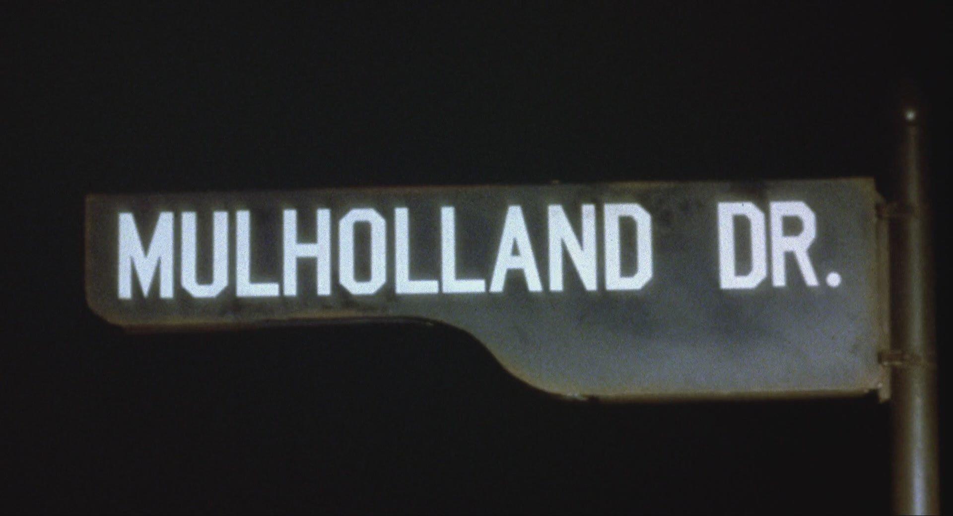 Mulholland Drive - A sötétség útja (2001)